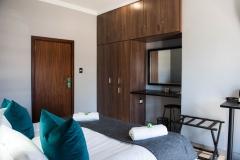 Room 2 (9)