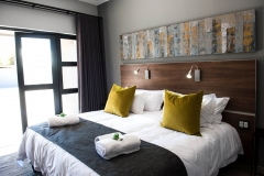 Room 8 (5)